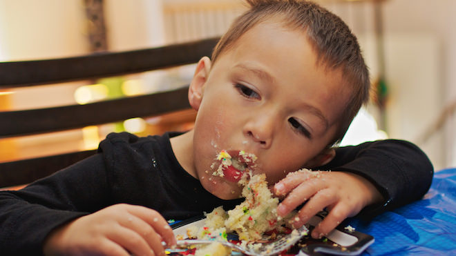 kid eating junk food without guilt!